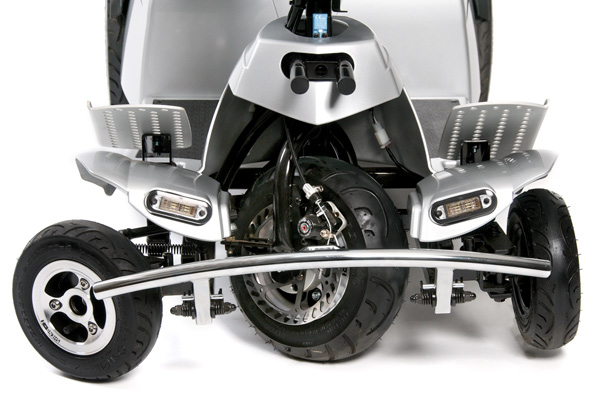 Quintell™ Active Tri-Wheel Steering